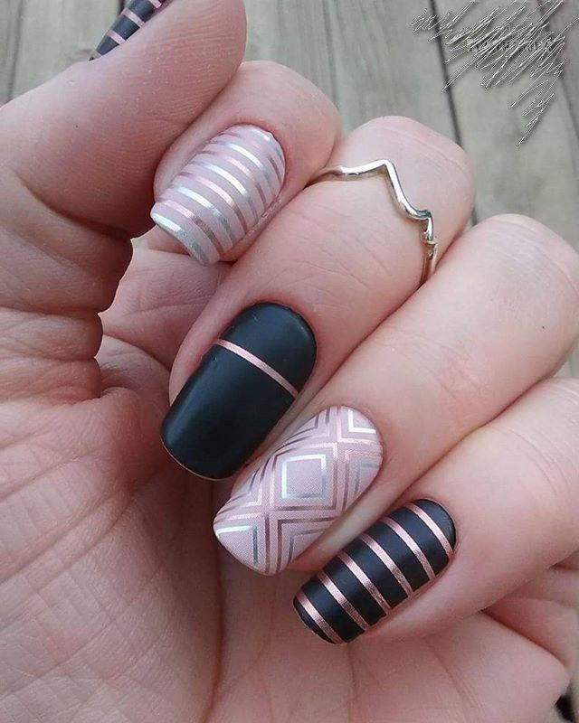 Accurate nails, brilliant nails, Festive nails, Geometric nails ideas, Long nails, Modern nails, New Year nails 2018, New year nails ideas 2018