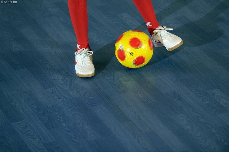 Sports flooring Gerflor, type of design: wood  http://www.gerflor.com/int/floors-for-professionals/salles-sport-fitness/