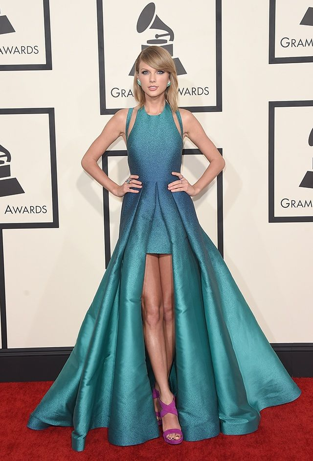 Taylor Swift in Elie Saab's AMAZING gradient gown