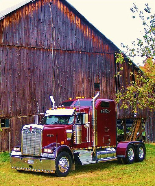 "KENWORTH W900L - ""Big Belly"" Awesome Picture with the barn!"