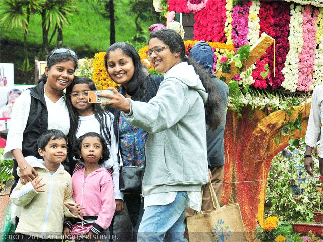 Tamil Nadu implements MGNREGS and Swachh Bharat Abhiyan using women self-help groups