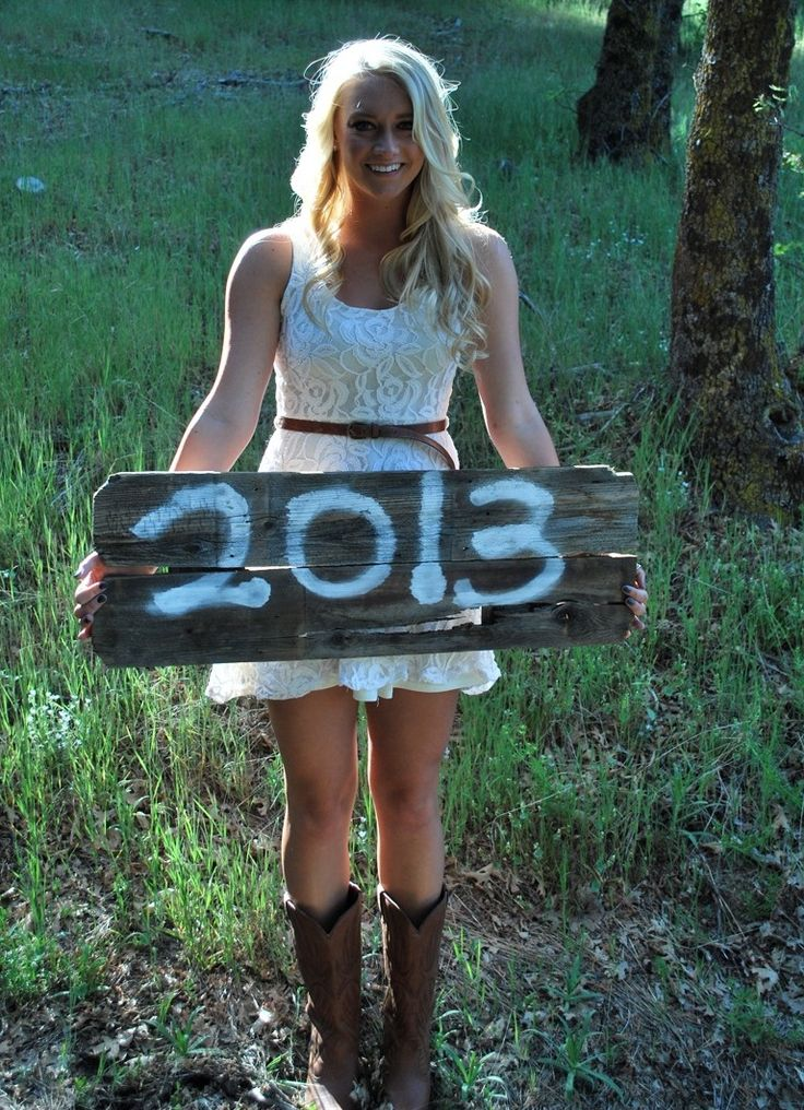 Engagement ~ Photo Idea.. would want him to hold up a sign that had the month written on it