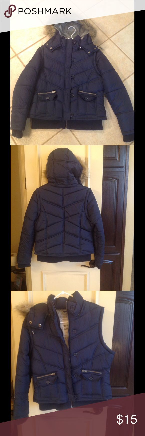Puff jacket- down-like winter coat Navy parka bomber style winter jacket from Target. Hood and sleeves are removable for just a cool vest! Youth large/Adult Small last call before charity Mossimo Supply Co. Jackets & Coats Puffers