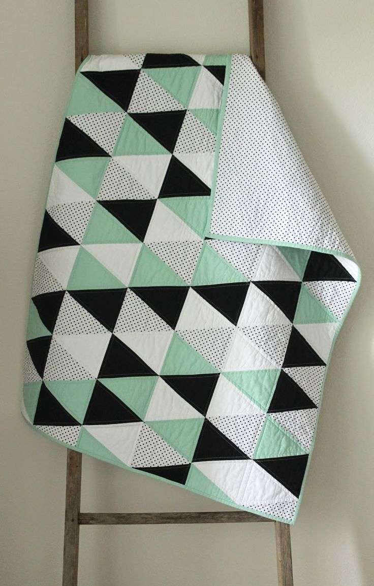 mint and licorice :: a baby quilt. - Craftyblossom