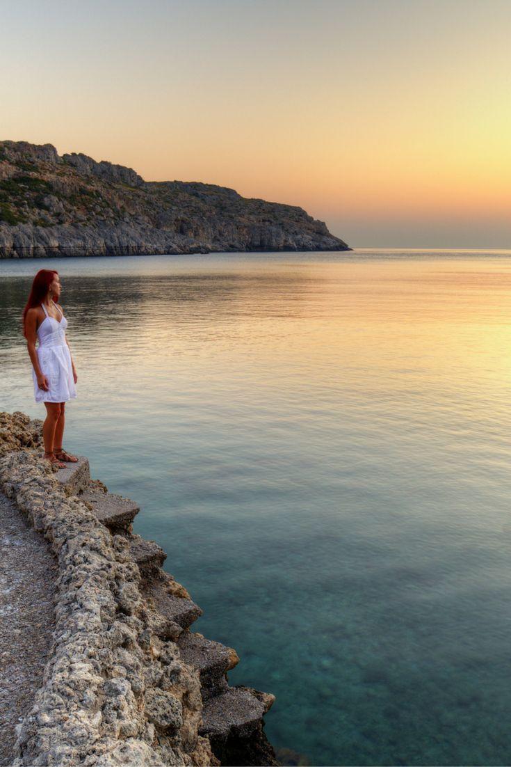 Met wie ga jij naar het zonnige Rhodos? Tover je bikini maar weer te voorschijn, pak die koffer in want over een maandje kan jij op Rhodos zitten 😍 https://ticketspy.nl/deals/een-zonnige-vakantie-naar-rhodos-8-dagen-inclusief-vluchten-va-e263/