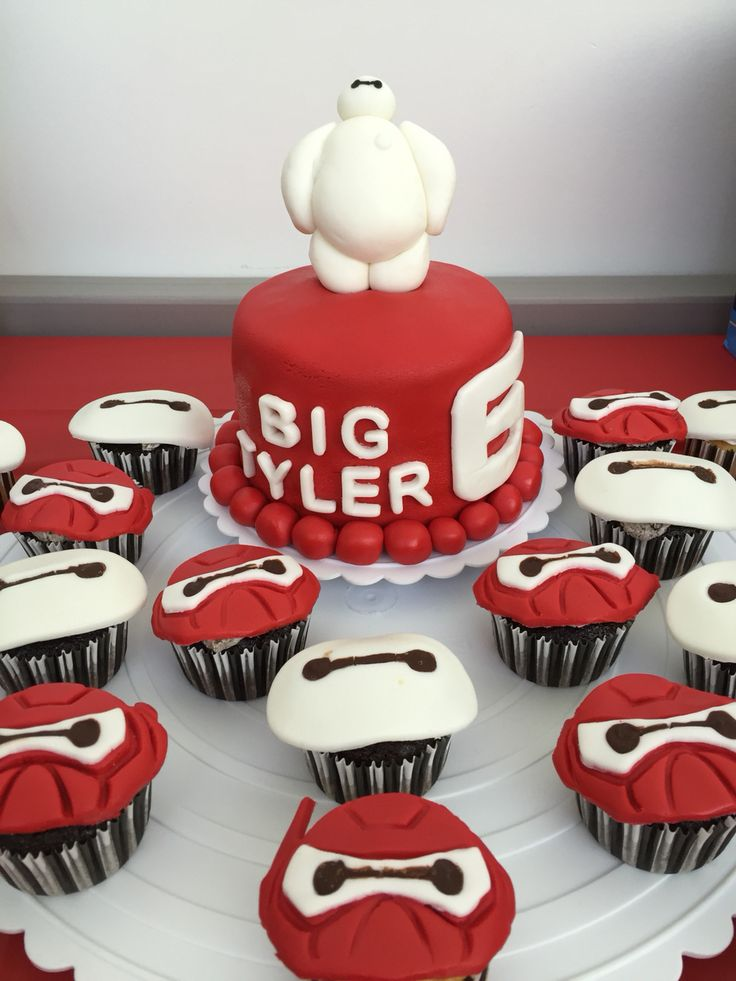 Baymax cake and cupcakes