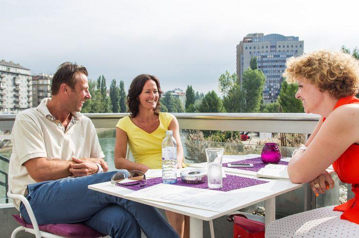 Interview mit Eva Glawischnig und ihrem Ehemann Volker Piesczek. Wiener Urania am 09.08.2013. (Foto: Gilbert Novy)