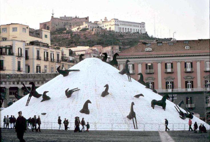 Immagine di http://www.artribune.com/wp-content/uploads/2012/04/montagna2.jpg.