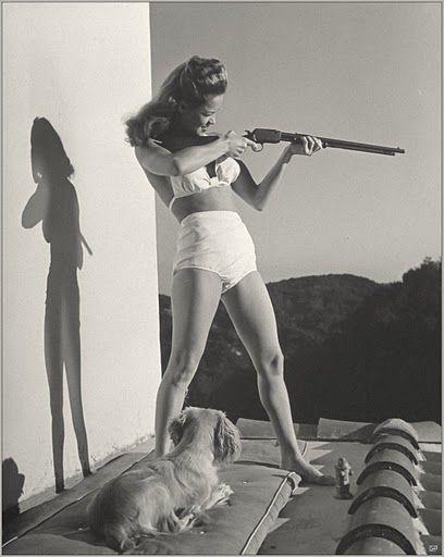 Dona Drake, being totally badass. I love this girl :)