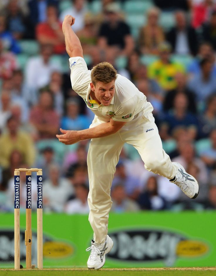 James Faulkner sent down his first overs in Test cricket, England v Australia, 5th Investec Test, The Oval, 2nd day, August 22, 2013 © Getty Images