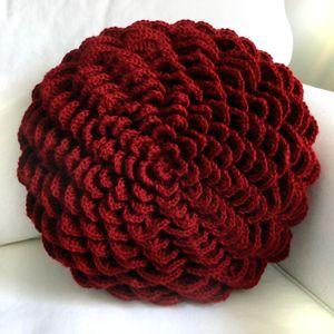 All Free Crochet Pillow Patterns | Crochet Pattern: Round Flower Pillow Cover