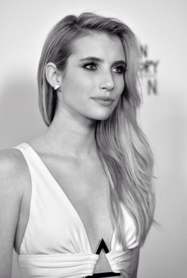 Emma Roberts (Emma Rose Roberts) Born in Rhinebeck, New York (USA) on February 10, 1991