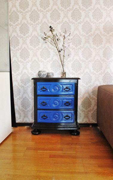 Vintage Möbel - Massive Kommode/Nachttisch schwarz/blau - ein Designerstück von Pfaennle bei DaWanda