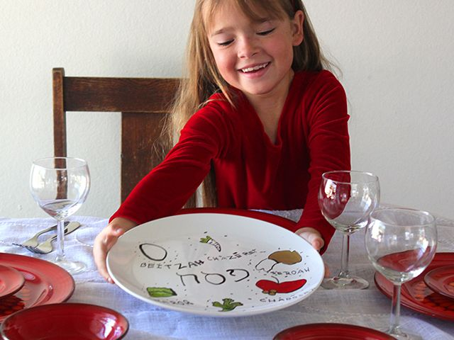 Homemade Seder Plates - Jewish Craft for Passover