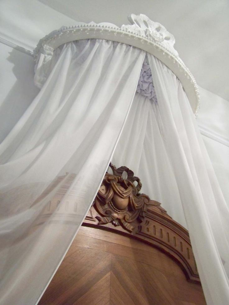17 best images about ciel de lit for sale on pinterest. Black Bedroom Furniture Sets. Home Design Ideas