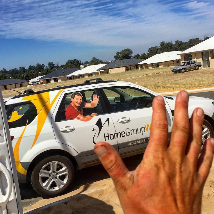 Happy New Year everyone! We're looking forward to seeing you all in #2016 and building your new homes. Thanks for waving back @leroydavies ! #homegroupwa #hgwa