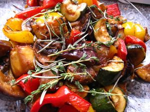 Овощи гриль, креветки гриль, мясо гриль, стейк, сковорода гриль