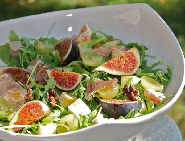 Fall Recipe: Figs Salad with Apples, Grapes & Mustard vinaigrette