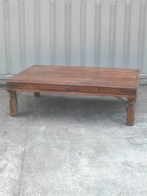 tafel laag hout antiek huur huren - tafel laag hout antiek - Oosters-Arabisch decor - Rekwisieten | Groen-land decorbouw