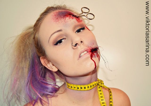 Halloween MakeUp: Injured Dressmaker {scissors, tailor, tape, injury} - bloody make up #DIY