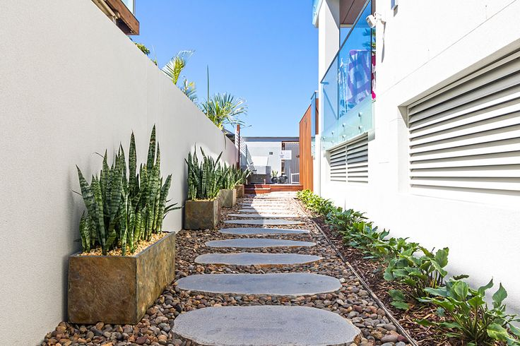 Avatar Stepping Stones make great garden pavers with some stone pebbles around or Mondo grass for pathways. #steppingstones  http://www.armstone.com.au/products/stepping-stones/avatar-bluestone/