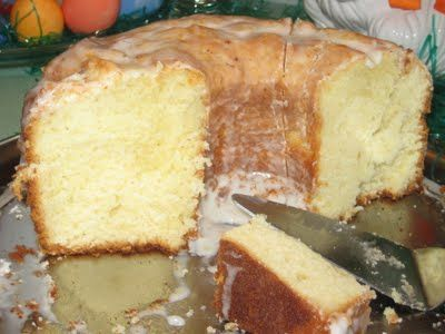 Southern Deliciousness: 7 Flavor Pound Cake