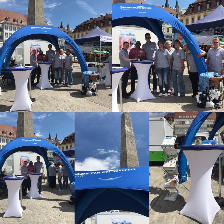 Netter Zufall Heute In Würzburg Auf Dem Marktplatz Deutscher  Diabetiker Bund Mit Ihrem Tollen Aufblasbaren
