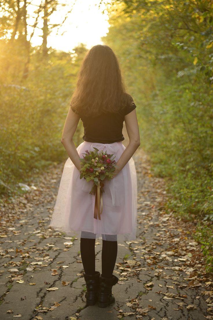 Pink tulle skirt short autumn flower bouquet