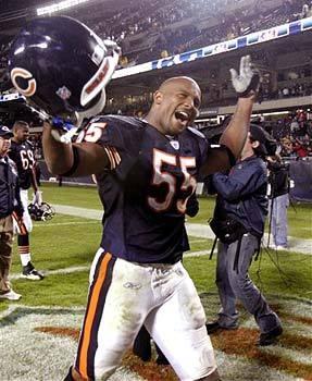 Lance Briggs, Linebacker for the Chicago Bears!