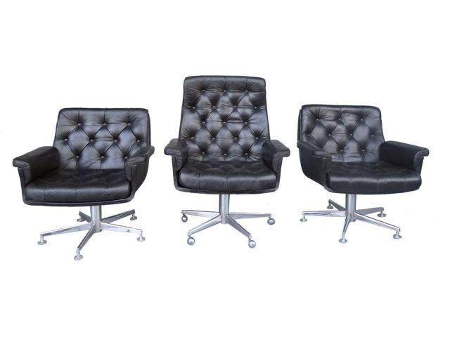 série de 3 fauteuils cuir noir matelassé 1970 [2200,00€]
