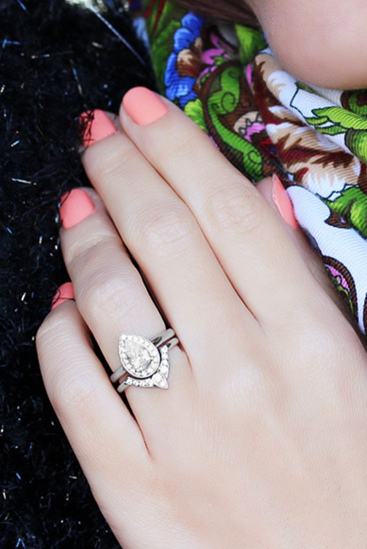 3rd Eye Ring Bridal Set Third Eye Pear Engagement Ring Matching Side Ring Natural Diamond Pear