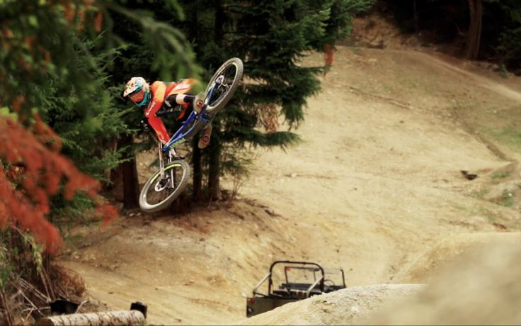 New video: Bernard Kerr - Queenstown Dreaming by Pivot Cycles  http://mindsparklemag.com/video/bernard-kerr-queenstown-dreaming/