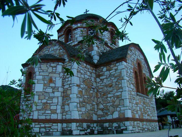 #VillaPavlina #greekchurch #orthodoxchurch #halkidiki #seasidelocals #seaside