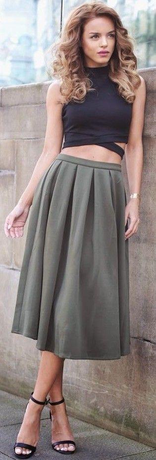 #summer #popular #outfits | Crop + Pleats