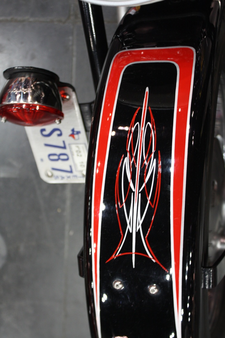 Classic cars authority cool pinstriping from the la roadster show - Classic