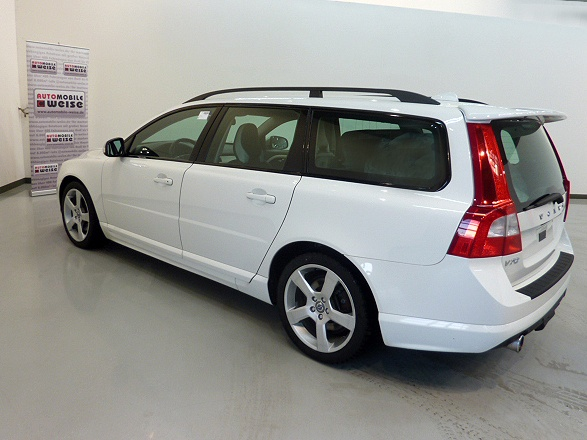 Volvo V70 D5 Aut. R Design Xenon Audio High PDC 18Zoll как Универсал в Chemnitz