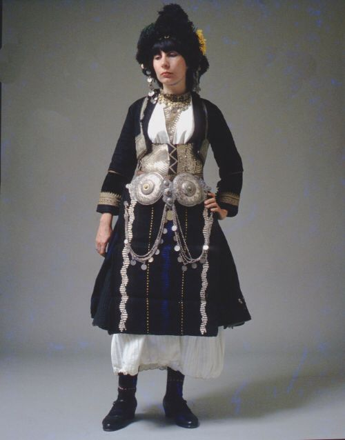 Alexandria, also known as Ghidás, Imathia. The region was formally known as Roumlouki (land of the Greeks). The bridal costume with its characteristic headdress composed of several parts. Peloponnesian Folklore Foundation
