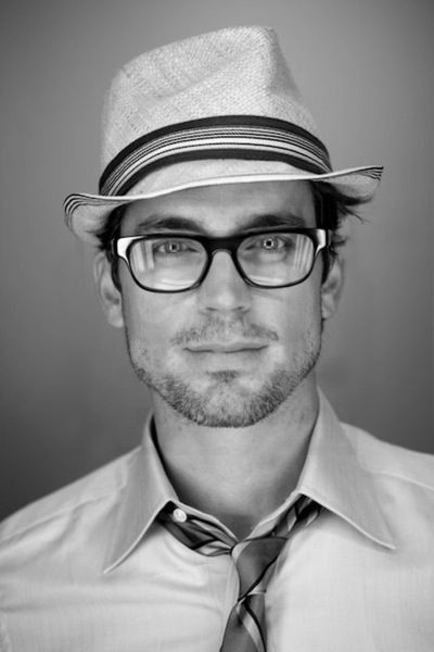 Matt Bomer in a hat AND in glasses - FTW!