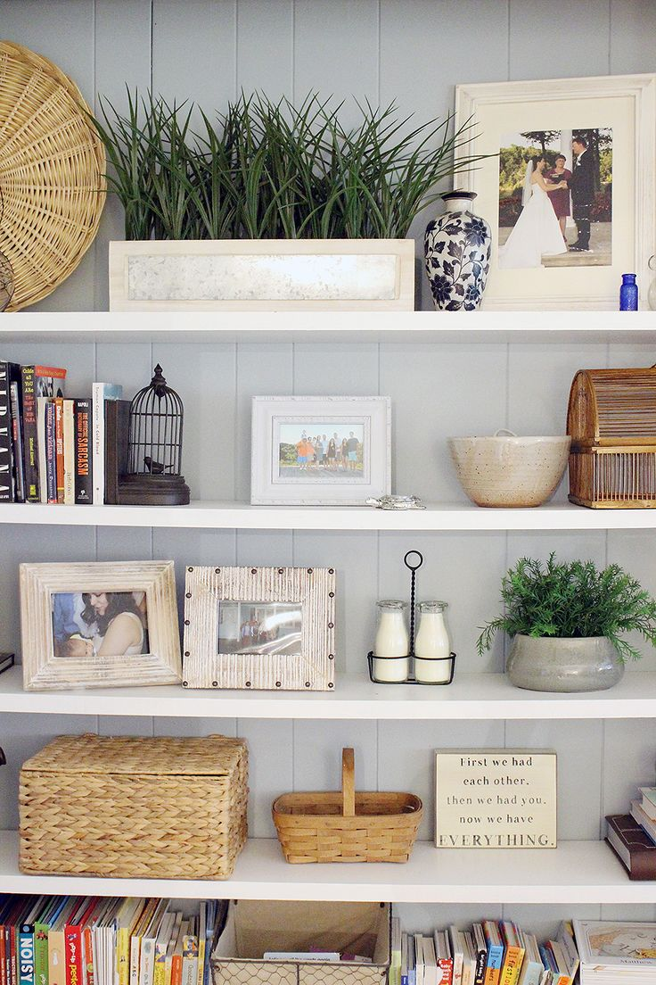 Before and After: Traditional bookshelves get a fresh update