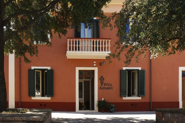 Welcome to Villa Asfodeli... the door is open on the Church square, the twin bell towers of Saint George are right here.  A hotel de charme, a liberty villa, a traditional Sardinian house with a charming garden, swimming pool and a lot of experience to offer to our guests.