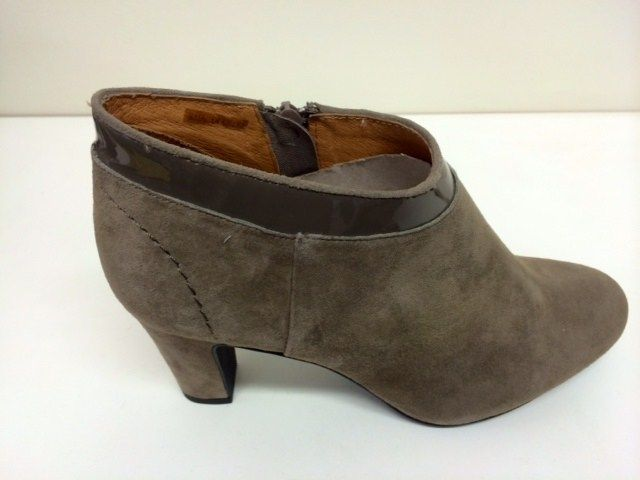 1 Bellini Autumn - B M -  Bellini Autumn Suede ankle boot with croc patent trim.  Available in Black and Tan.    Sizes range 36-41.