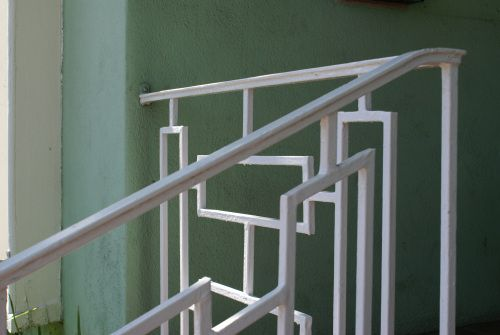 geometric railings | home: mid-century & modern ...