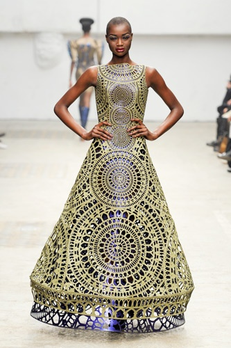 Manish Arora, once again the Rosetta style  design shows its beauty.