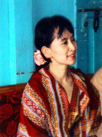 best aung san suu kyi images dom beautiful daw aung san suu kyi in chin state