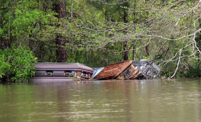 Louisiana Flooding Sends Caskets Far and Wide (05-06-16). http://www.thefuneralsource.org/cemla.html
