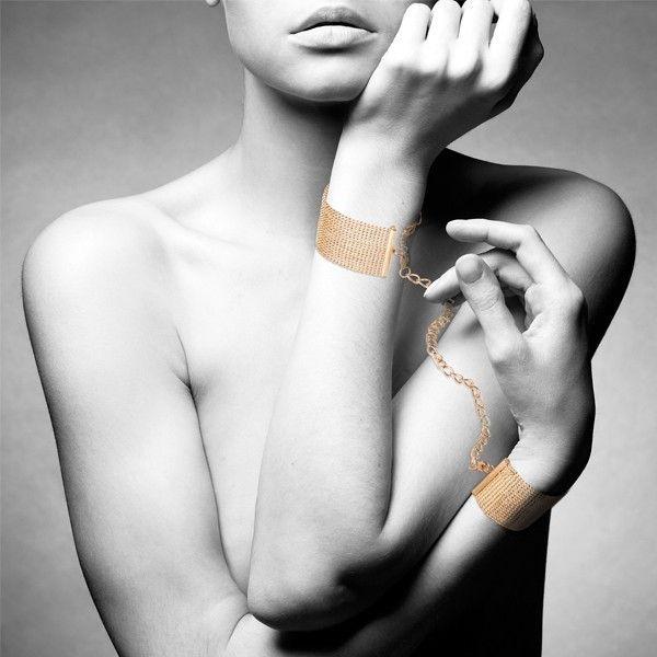 Kajdanki-bransoletki Bijoux Indiscrets Magnifique. Uwodzenie jest najlepsze, gdy uwodzisz go sobą... || #kolia #kajdanki #biżuteria #bdsm #kajdanki #prezent #inspiracje #dlaNiej #dla Niego #prezentnarocznicę #striptiz #grawstępna #wieczórpanieński #pomysłnarandkę #odAlicji #namiętnybutik