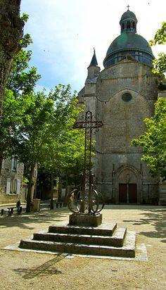 Provins, france  by Easy Hiker, via Flickr    Paris East Line , track 14  Medieval town  Oldest hotel in France - Croix d'Or