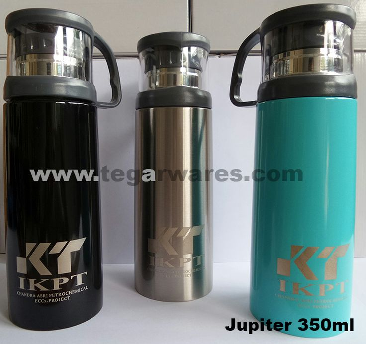 Jupiter  Vaccum Flask 350ml, has all the practicality desired, the capacity was sufficient to present two cups of delicious coffee. It is ideal to serve as a souvenir or gift to employees, especially workers who served in the field. Available in three colors: black, silver and blue, can be printed logo and the name of your company.