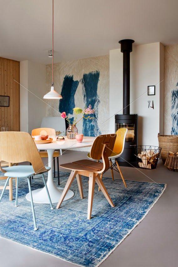 Vintage - Salle à manger http://www.m-habitat.fr/tendances-et-couleurs/deco-par-style/une-maison-a-la-deco-vintage-2753_A #déco #maison
