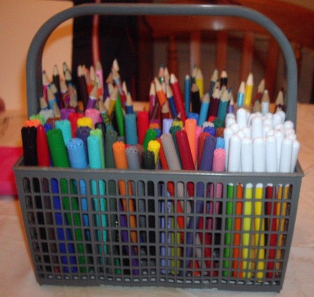 Van afwas bestekmandje to viltstiften en potloden opberg mandje. Handig voor de kinderen